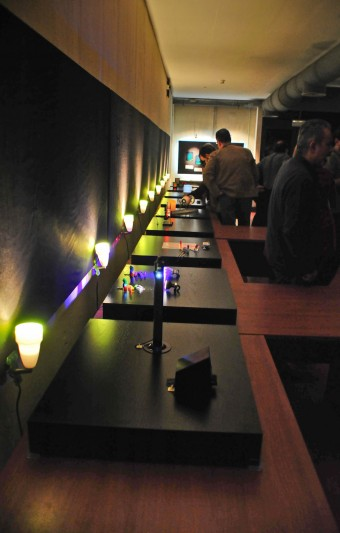 D Illusion Exhibition : Light mysteries holograms d and optical illusions