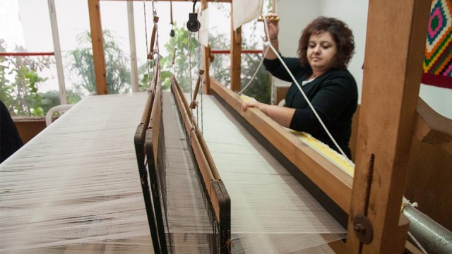 Houdetsi Weaving Center