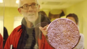 Gareth & the Disk of Phaistos