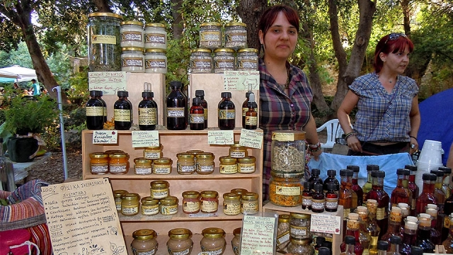 In 'En Oiko' you will find all kinds of natural products