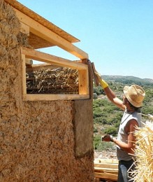 The Archanes Project: Houses made from straw balls and clay